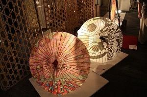 「CG和傘」河口洋一郎
